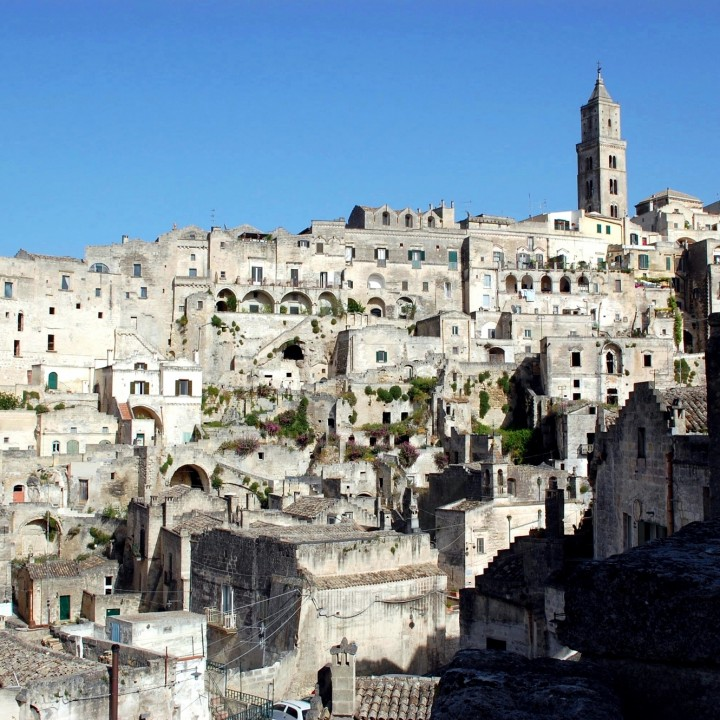 In the old city of Matera: life in the Sassi.