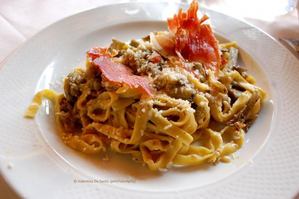 pasta carbonara with artichokes, Osteria Il Cardinale