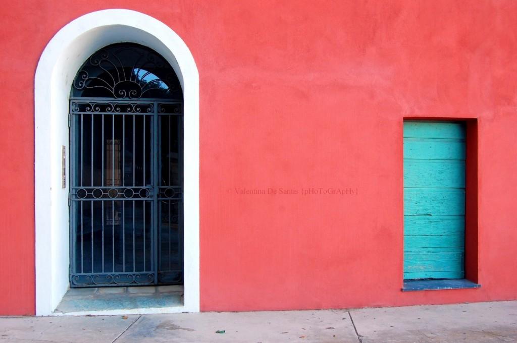 Doors in Bastia, old harbour
