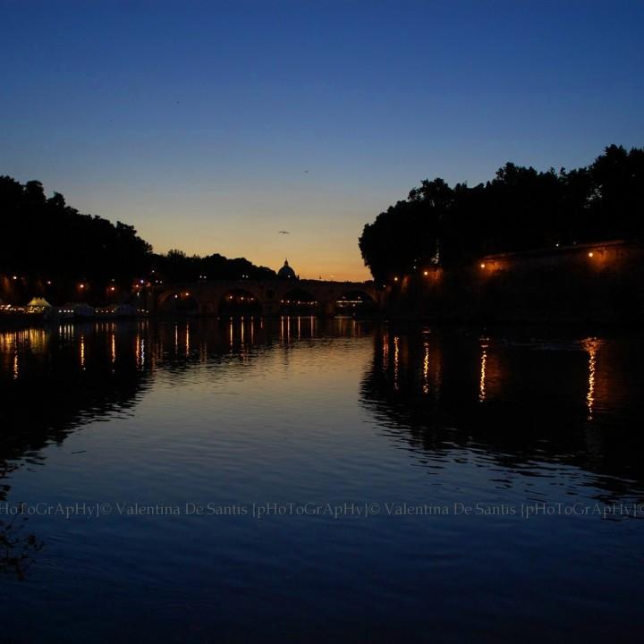 Summer along the Tiber river