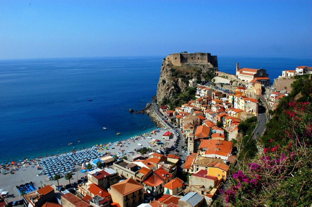 Scilla, view of the old city