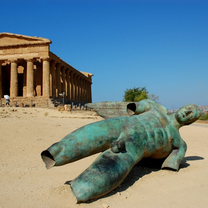 A stroll like in the age of the ancient Greece: the Valley of the Temples