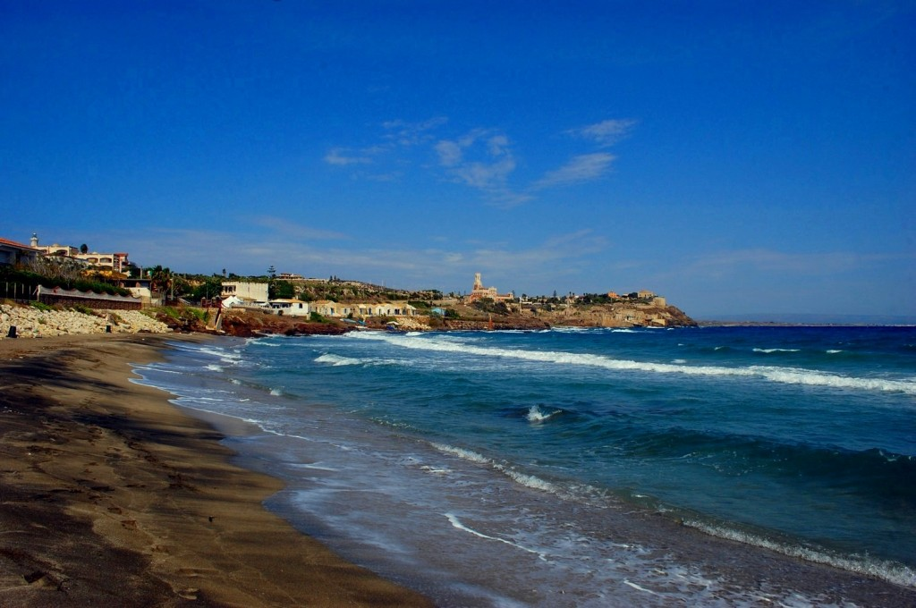 Portopalo di Capo passero, view by the beach
