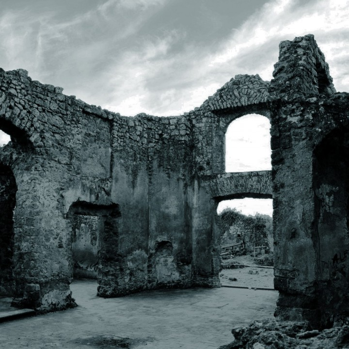 The ghost city of Monterano