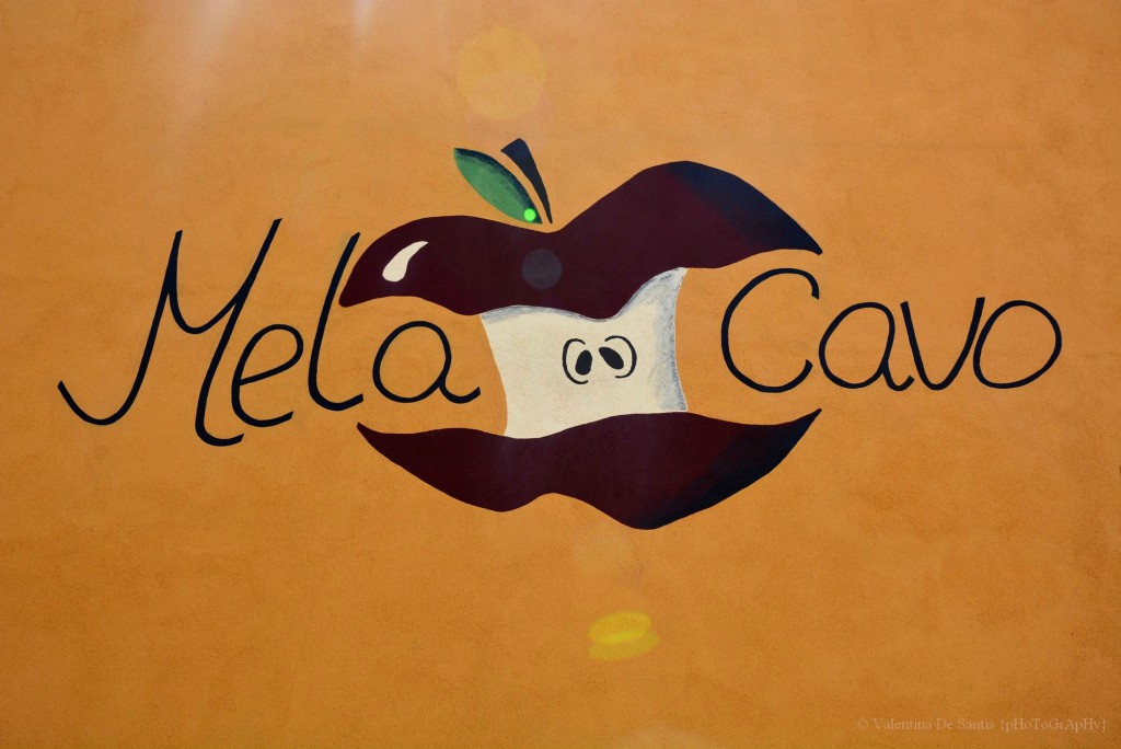 "Restaurant ""Mela Cavo"", Cavo"