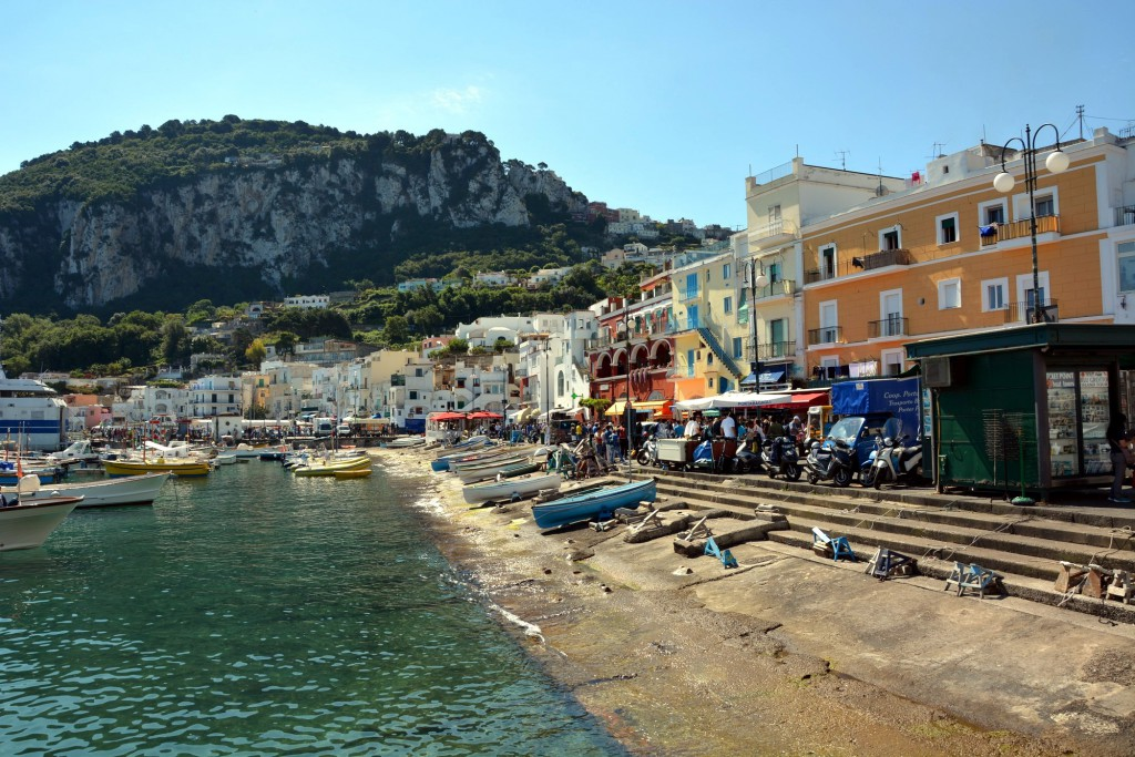 Capri, houses in front of the harbour