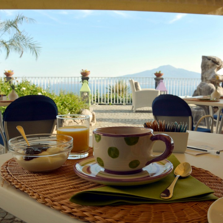 Breakfast with a view, Torre Barbara
