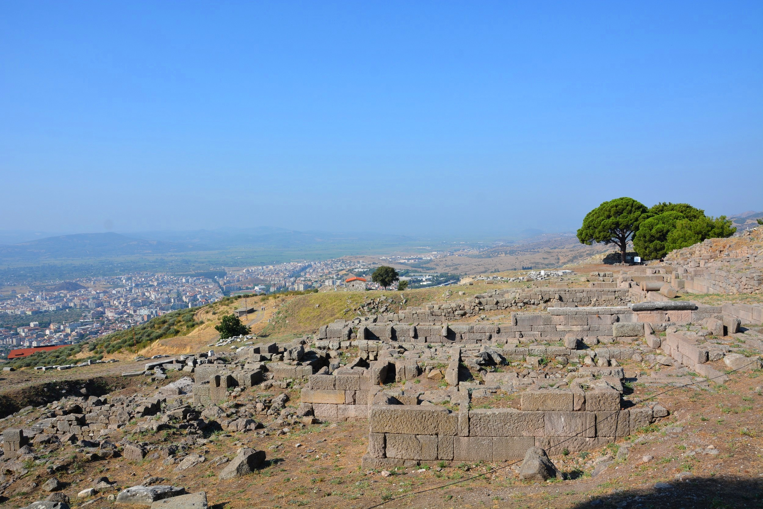 Pergamon, on the way to the Acropolis