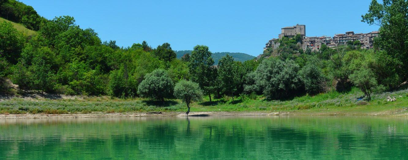 Kayaking on the lake Turano